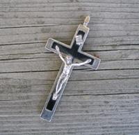 crucifix-smalt